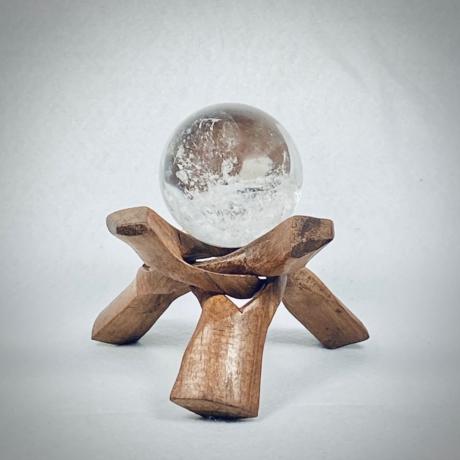 Hegyikristály gömb