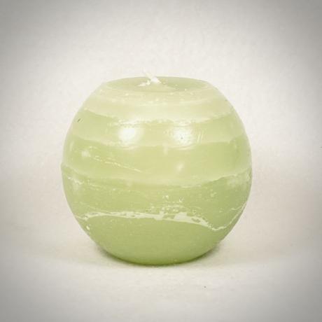 Zöld színű gömbgyertya