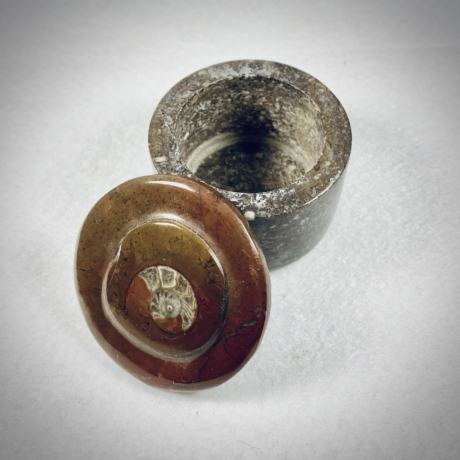 Ammonitesz doboz - barna